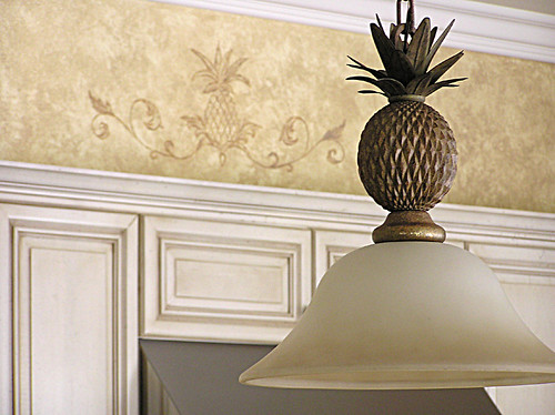 Pineapple Motif to accompany light fixture
