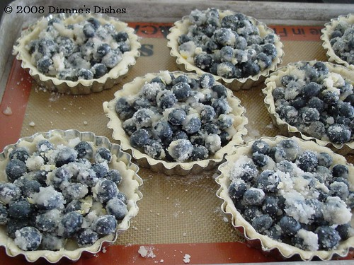 Tuesdays with Dorie: Double Crusted Blueberry Pie: Ready to be Topped