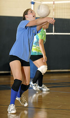 0828_BRI_A_bevball_3008 (newspaper_guy Mike Orazzi) Tags: sports flashphotography volleyball indoorsports sb800 70200mmf28gvr sb26 behs girlssports offcameraflash strobist bristoleasternhighschool cybersync