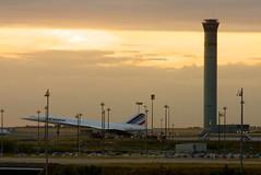 Concorde (koffiejunkie) Tags: paris france airport concorde charlesdegaulle windowseat 3kmeofroissyenfrance
