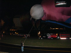 flying a balloon (cathymccaughan) Tags: balloons tommy balloonfest pstcc