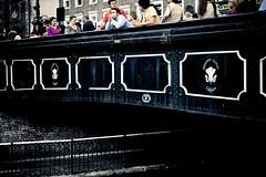 It's About Silence. (Pascal Hertleif) Tags: street uk bridge people london kent br camden streetphotography silence difference noise brücke studienfahrt brcke