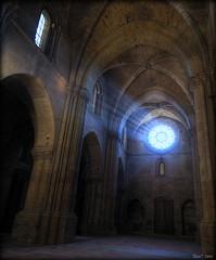 llum a la seu (Seracat) Tags: church cathedral catedral iglesia catalonia seu catalunya catalua myfavs seo lleida catalogne lrida esglsia catedrale aplusphoto