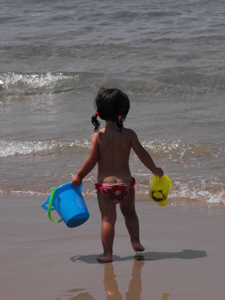 little girl butt Coppertone Girl Minus Pup IV (albertv.maniscalco) Tags: blue beach yellow  bucket
