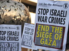 END THE SIEGE OF GAZA (shaymurphy) Tags: ireland dublin freedom israel war palestine protest demonstration v solidarity anti blockade campaign palstina gaza palestinian ipsc occupation flotilla hamas seige fatah 347   palstina   irishantiwar gazy flotila        gazassa palestiinan    gaz palestn   palestin duj palestinoje palestyny   freedomflotilla2 flotilla2