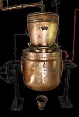 Copper kettle - Snip (Walraven) Tags: museum machine kettle copper apparatus konz roscheiderhof roscheider