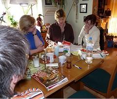 am Tisch Susanne, Kimmy, Gudi