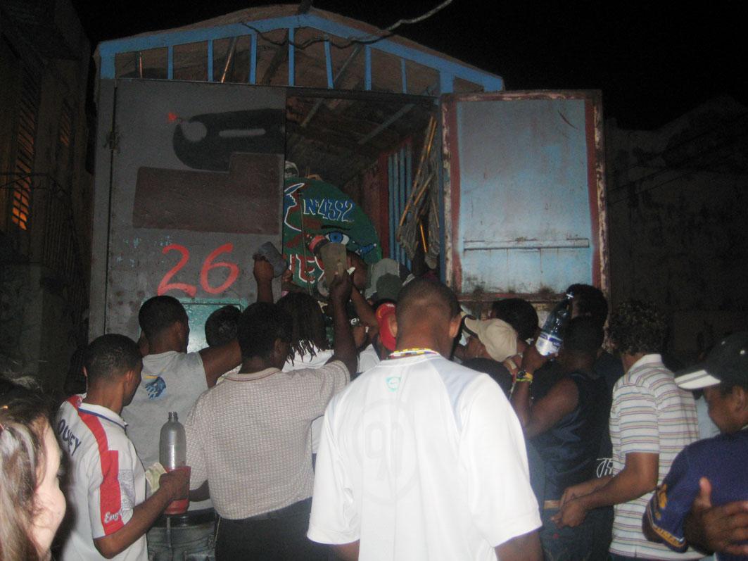 Cuba: fotos del acontecer diario - Página 6 3259339516_b01b5c7f3b_o