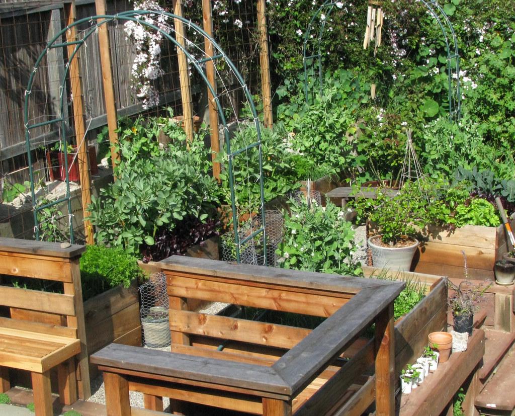 garden puttering