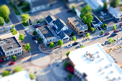 Gaslight (Rudy Malmquist) Tags: street light coffee shop miniature photo spring village michigan small shift grand mini gas rapids east neighborhood starbucks wealthy tilt gaslight easyrotor
