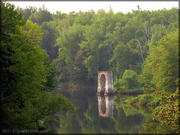 P1150472_cocagne_river