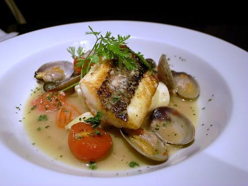 魚とアサリのグリル
