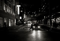 city night (diyosa) Tags: sanfrancisco street urban bw night blackwhite citylife tunnel unionsquare d300 hannspree printswap 1750mm28
