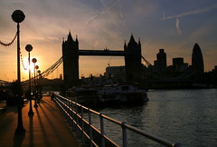 Tower Bridge - London - UK ({ Planet Adventure }) Tags: uk sunset holiday london backlight towerbridge canon wow photography eos photo interesting bravo photographer silhouettes ab adventure stunning planet incredible thebest allrightsreserved interessante digitalphotography holidayphotos aroundtheworld stumbleupon copyright travelguide travelphotography beautifulplaces digitalworld intrepidtraveler allaround traveltheworld planetadventure colorfulworld worldexplorer wonderfulplaces amazingplanet amazingphotos by{planetadventure} byalessandrobehling intrepidtravel alessandrobehling stumbleit topphotography holidayphotography spiritofphotography alessandrobehling copyright20002008alessandroabehling colorfulearth photographyhunter photographyisgreatfun