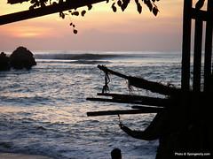 bali_may08_103 (spongercity) Tags: bali waves uluwatu bodyboarding bodyboard bodyboarder padangpadang spongercity