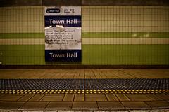Sydney to Sydenham train trip (yewenyi) Tags: station train sydney platform railway australia nsw newsouthwales townhall cbd aus syd centralbusinessdistrict cityrail pc2000 oceania auspctagged citirail surburbanrailway