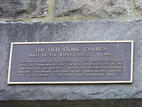 Old Stone Church (zoomed) in plaque