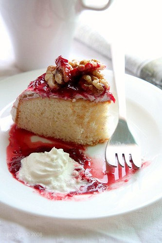 Vanilla Cake with Strawberry Compote