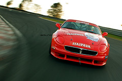 Maseratti - p/ revista Racing e jornal do carro (novo flickr - http://www.flickr.com/bruno_guerreir) Tags: red brazil brasil race do revista racing carro jornal paulo vermelha pista so autodromo interlagos trofeo maseratti
