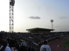 Stade du 4 aout links