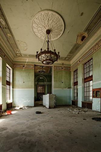 Abandod Train Station