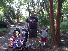 Daddy and kids at the botanical garden