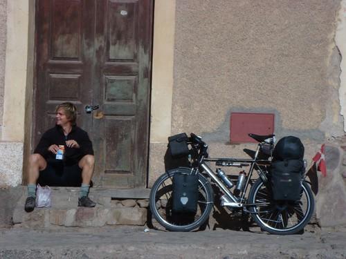 Brekkie in Humahuaca, street style.