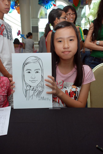 Caricature live sketching at Singapore Art Museum Christmas Open House - 16