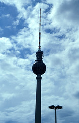 berlin03_2002_0005 (mmeaubert) Tags: berlin germany deutschland ddr gdr