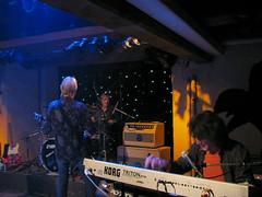 Span ir Mühli Hunziken bei Bern (chrchr_75) Tags: hurni christoph schweiz suisse switzerland svizzera suissa swiss kanton bern berne berna rubigen mühle hunziken mühli pesche konzert concert span mundartrock mundart berndeutsch bärndütsch george schöre müller kohli matti matthias goodbye tour stefan music musik show rock roll chrchr chrchr75 chrigu chriguhurni 0812 prs gitarre guitar bass schlagzeug tasten mühlihunziken bärn kantonbern concerto konsert concierto albumkonzerte albummühlihunziken chriguhurnibluemailch hurni081228 albumspan berner