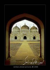 Old is Gold (ssaallmmaann) Tags: pakistan white beautiful architecture interesting 1855 masjid blueribbonwinner bahawalpur supershot derawarfort derawar bej sunehri 400d abigfave worldbest platinumphoto anawesomeshot goldstaraward