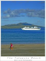 The Takapuna Beach (man's pic) Tags: family newzealand beach walking island picnic auckland nz northisland passenger kiwi ahmed cruiser takapuna rangitoto volacanic explored maldivianphotographer manspic munah cityofsail munahahmed aoeteora
