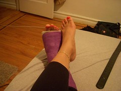 l_831fc414d56d1506ba5ec6741333d49f (chilltown1) Tags: toes cast ankle