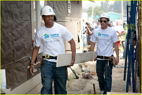 33147_90210-habitat-for-humanity-02_122_857lo