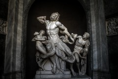 Laocoon's Anguish (Zason Smith) Tags: italy sculpture vatican rome roma statue museum beard italia snake statues marble mythology hdr laocoon sons serpant fatherandsons laocoonstatue laocoonsculpture laocoonandsons zason zasonsmith laocoonsanguish