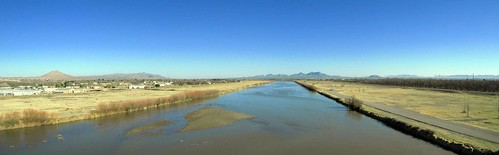 Rio Grande near Las Cruces, New Mexico, USA