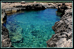 Ibiza - Natural pool (Dregster) Tags: claro travel blue sea art nature water beautiful azul canon photography mar photo spain travels agua espanha flickr foto photos natureza natur natuur imagens natura calm clear explore lindo ibiza fotos viagem fotografia pure viagens  priroda canoneos imagem alam piscinanatural  seawater daba  naturalpool proda charakter gamta  narava  prroda explored    challengeyouwinner mywinners canoneos400d kalikasan thinnhin canon400d seawaterpool platinumphoto anawesomeshot diamondclassphotographer flickrdiamond aguadomar theunforgettablepictures andrnunes  dregster luonne naturalseapool
