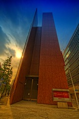 Japanese Bank (/\ltus) Tags: japan tokyo bravo pentax nihonbashi freehand hdr ginko 5xp mufj japanhdr japanesebank k20d ufj mufgplaza mitsubishitokyoufjbank