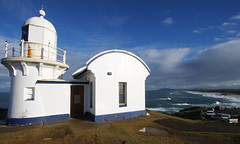 Tacking Point Lighthouse (Geoff Main) Tags: sea lighthouse seascape beach australia nsw portmacquarie canonefs1022mmf3545usm canon30d tackingpoint mywinners