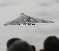 ...and away... (Desmo Dave) Tags: aircraft airshow vulcan 2008 farnborough ai xh558 avrovulcan