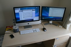iMac actually being used (1) (William Hook) Tags: desktop windows apple computer pc firefox inch imac reader os x expose leopard dell xp 24 105 parallels fusion hc vlc  applications vmware handbrake iserial 2407wfp 2407wfphc
