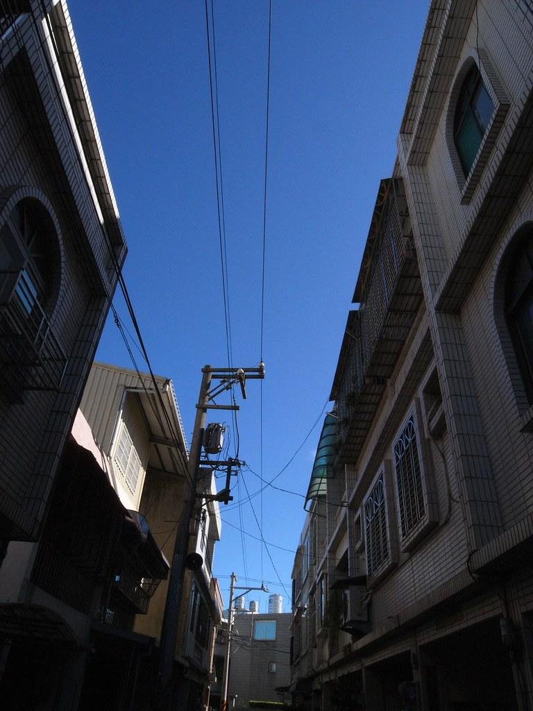 今天,天空大藍....