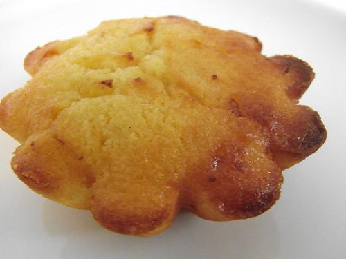 12-05 lemon cake