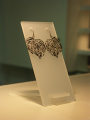 caser cut jewelry from nervous system
