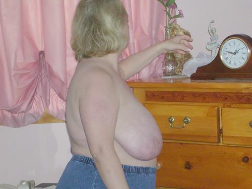 japan big boobs women tits pics: bigtits