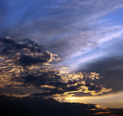 Cloudy sunset (Rychu92) Tags: blue sunset sky clouds sony dslr zachd soca chmury niebo sonyalphadslra290 a290l