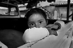 la mirada (Andreu Fernndez) Tags: travel portrait blackandwhite bw blancoynegro mxico portraits maya portrt nios retr