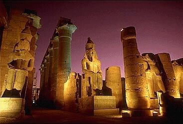 Templo de luxor de noche, Egipto