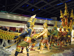 tag of war (Asuras) (chromax) Tags: asura suvarnabhumiairport samudramanthan thechurningoftheoceanofmilk thailand2008 buddhisthindumyth vasukithekingofserpents