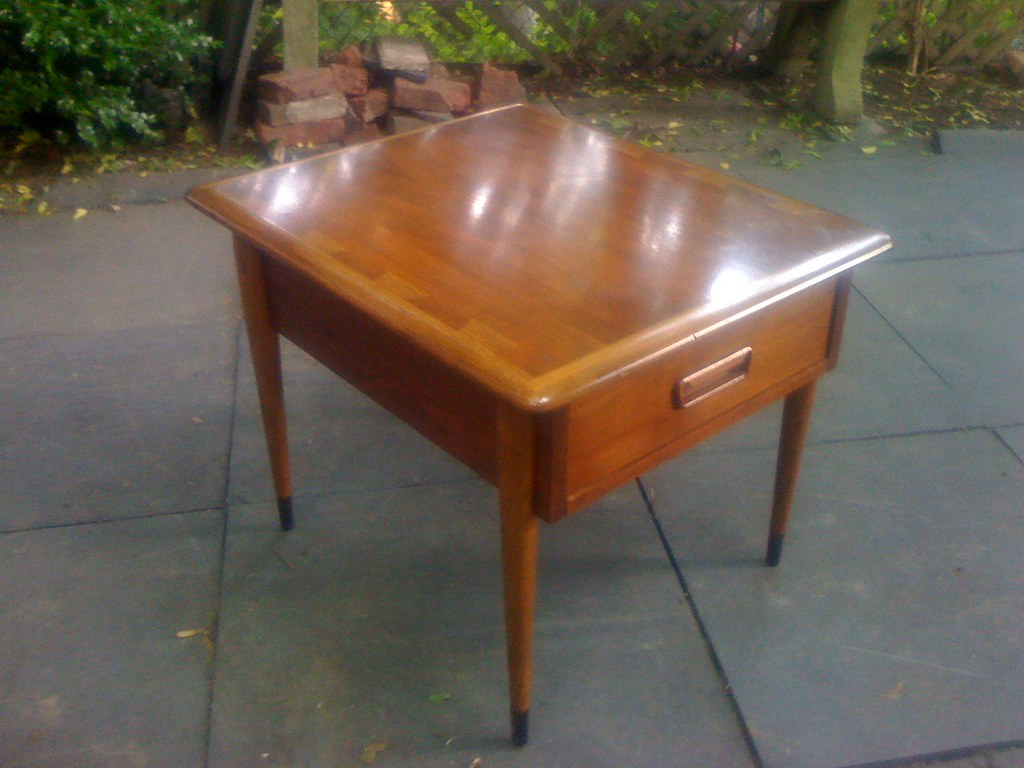 Lane End Table with Drawer